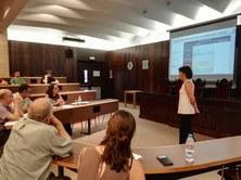 La professora Elena Blanco llegeix la seva Tesis Doctoral