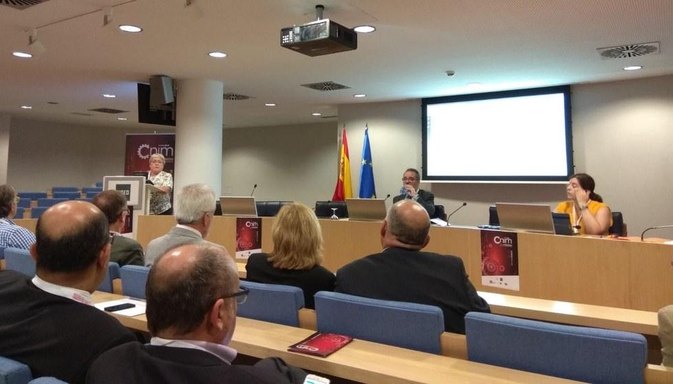 Lluïsa Jordi durant l'assemblea del XXII CNIM