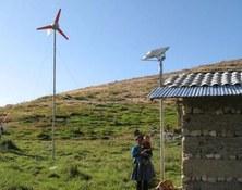Premi extraordinari per la Tesi Doctoral: Acceso a la energía para el Desarrollo Humano Sostenible. Análisis de proyectos con Energías Renovables y modelos de gestión comunitarios en zonas rurales
